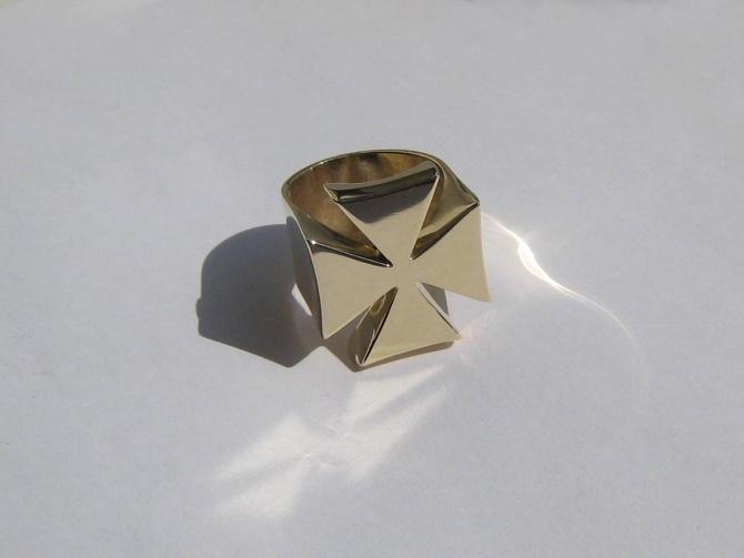 Křížový prsten - 2. foto