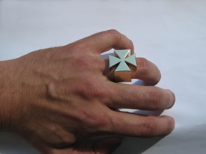 Křížový prsten - 3. foto