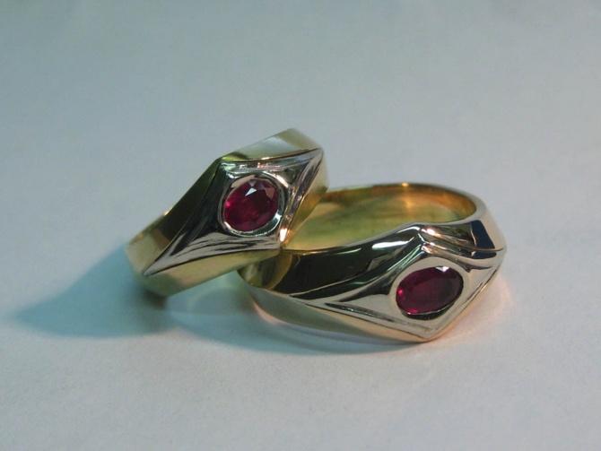 Snubní prsteny s rubíny - 2. foto