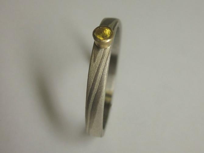 zásnubní prsten se safírem - 1. foto