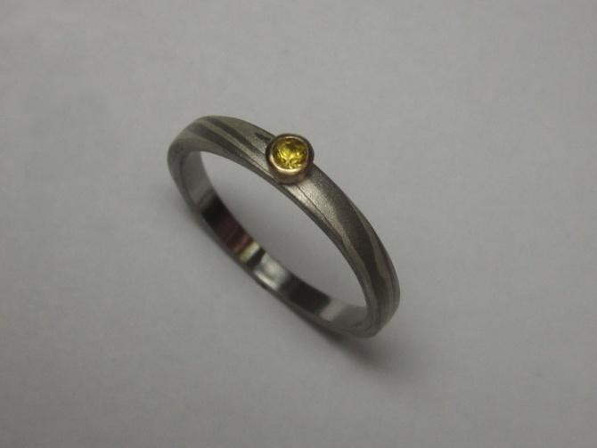 zásnubní prsten se safírem - 2. foto